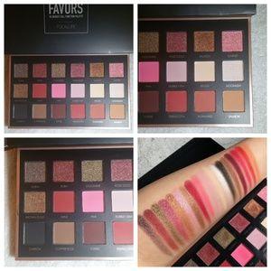 Focallure Favors Eyeshadow Palette